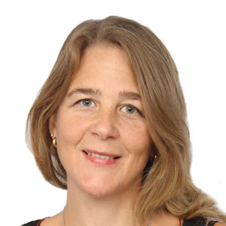 Julie Bauer - Artist, Teacher - Teaching German with live online video lessons